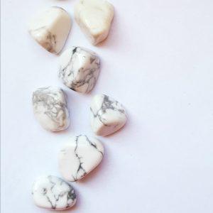 Howlite crystals